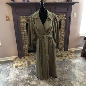 🌧☔️ 🧥Trench Coat